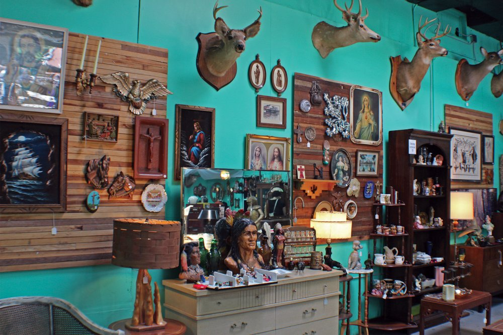 <p>Black Eagle Goods stocks an eclectic spectrum of wares, including antiques and taxidermied animals. </p>