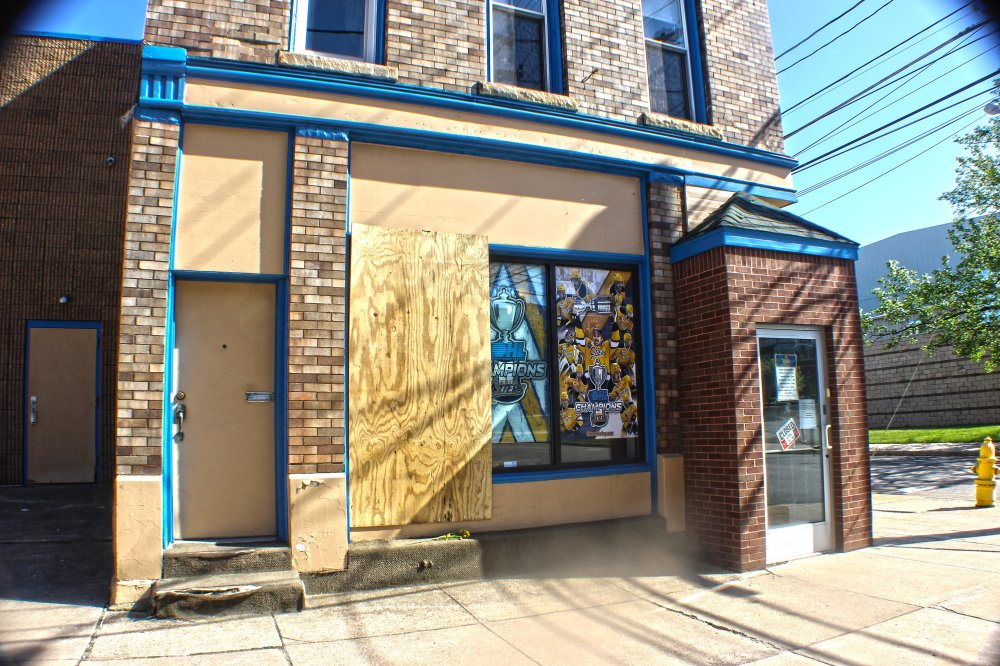 <p>The Erie Otters Office on 8th Street. Photo by Nick Warren.</p>