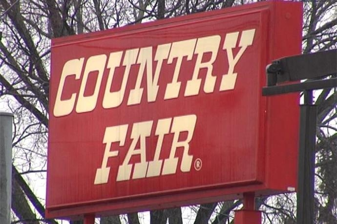 United Way to Receive $50,000 From Country Fair In Support of Childhood Literacy by Mike Iverson