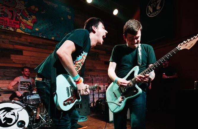 Signals Midwest Gonna Be Golden at BT by Nick Warren