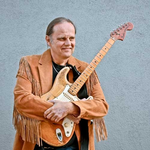 Legendary Bluesman Walter Trout kicks off 2013's 8 Great Tuesdays by Cory Vaillancourt
